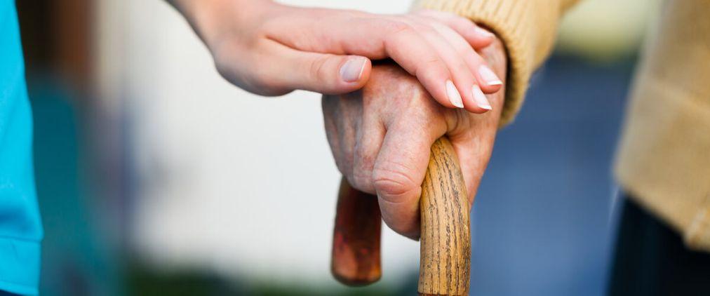 Verhinderungspflege: Vertretung für pflegende Angehörige