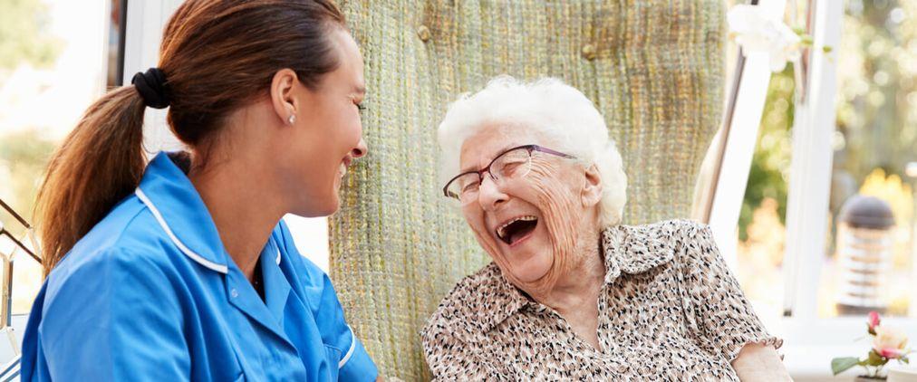 Tagespflege: Ergänzung und Stärkung der häuslichen Pflege