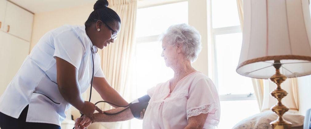 Behandlungspflege: Definition, Leistung & Umfang