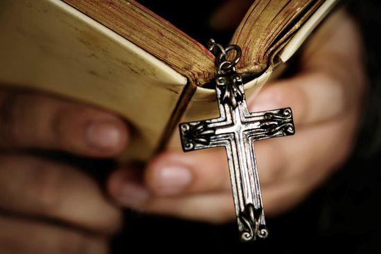 Christliche Patientenverfügung: Mit Beistand vorsorgen