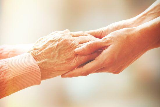 Familienpflegezeit: Familie, Beruf und Pflege vereinen