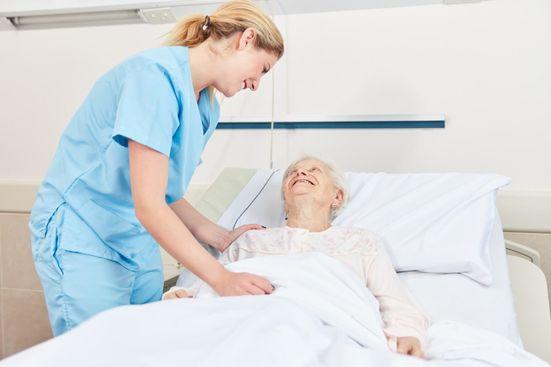 Pflegegrad 4 – Diese Leistungen stehen Ihnen zu